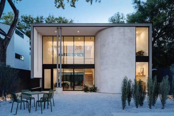 Urban Retreat in Austin, Texas by Ravel Architecture