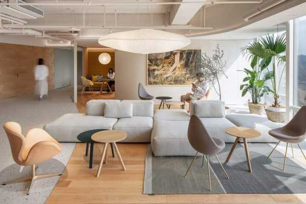 ECCO Xi'an Office by HONG Designworks – A Space Infused with Natural Rhythm