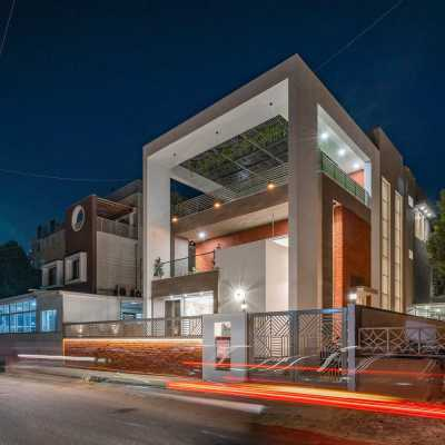 The Shaded House, Ahmedabad by Shayona Consultant