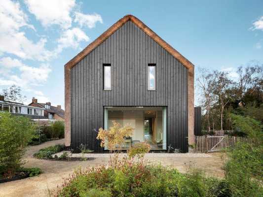 Villa Benthuizen by Arjen Reas Architecten