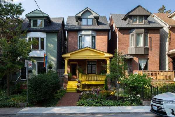 Granny's House by Studio of Contemporary Architecture SOCA