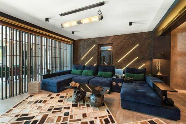 A Bigger Renovation for a Generous Home – Shades of Black by Razvan Barsan + Partners