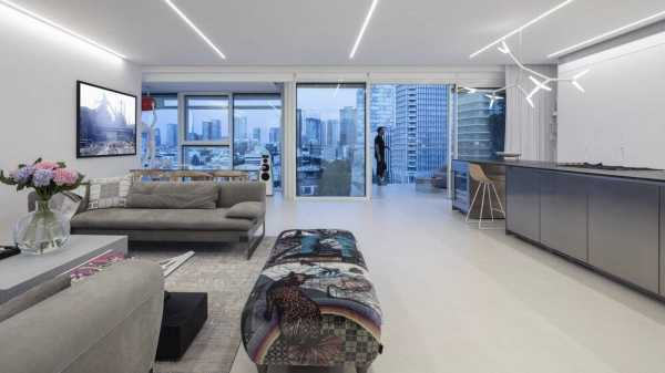 Art Collector's Apartment in the Heart of Tel Aviv