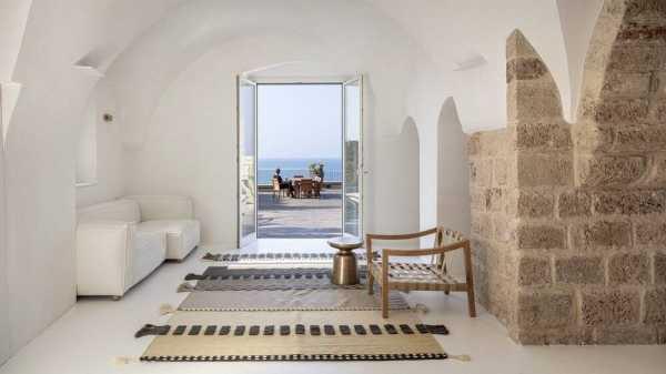 Jaffa House Renovation by Architect Raz Melamed & Architect Omer Danan