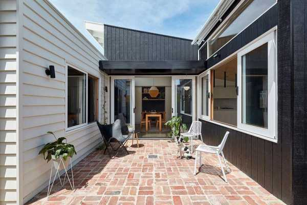 Lean 2 House by Ben Callery Architects
