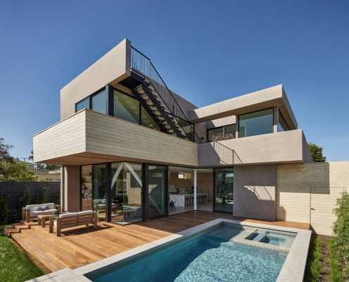Grand View Residence by Hsu McCullough