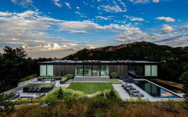 Blur House by Studio B Architects