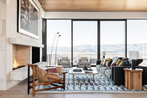 Mountain Escape by CLB Architects