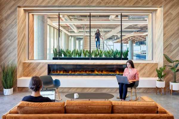 Splunk Silicon Valley Workplace – The Stairway of Connection