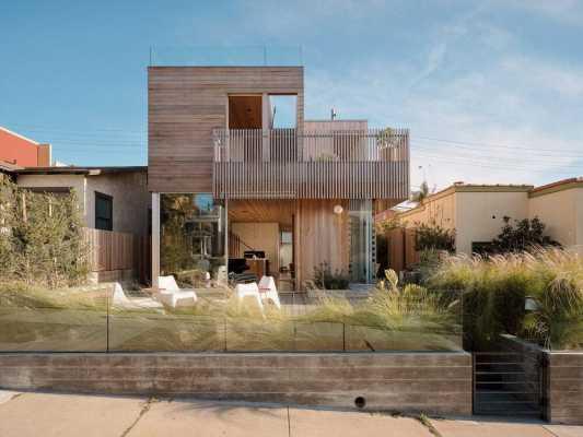 Walk Street House by Ras-A Studio