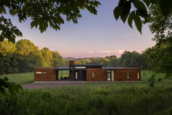 Bully Hill House by Studio MM Architect