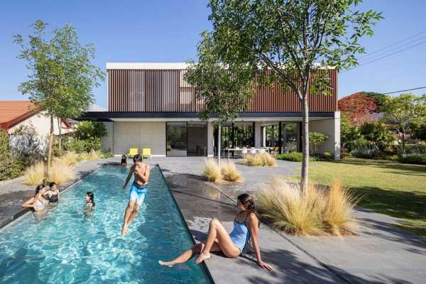 AK House by Pitsou Kedem Architects