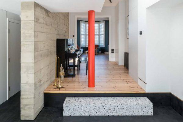 Bladerunner House by Bradley Van Der Straeten Architects
