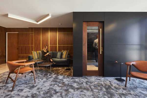 Bringing Home into the Workplace – Why Offices are Embracing Domestic Design